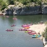 Camping avec animations sportives (Kanoé, Kayak) à proximité